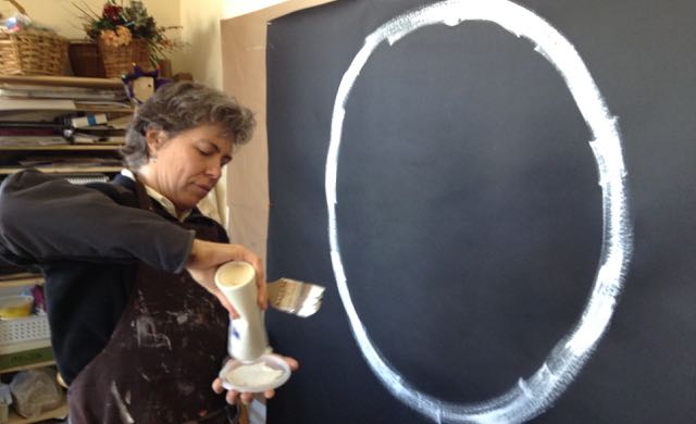 Working with symptoms of irritable bowel syndrome and chronic fatigue using art therapy