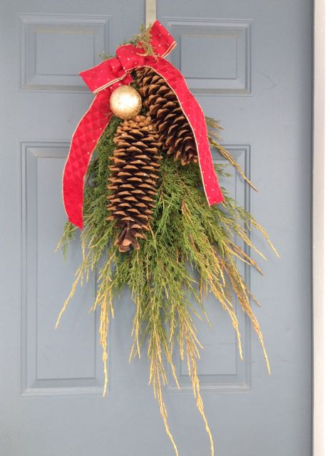DIYing my own front door Christmas decoration made my week. A post on Tumbling the stone: a chronic illness blog